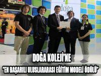"""""""En Başarılı Uluslararası Eğitim Modeli"""" ödülü Doğa Koleji'nin."""