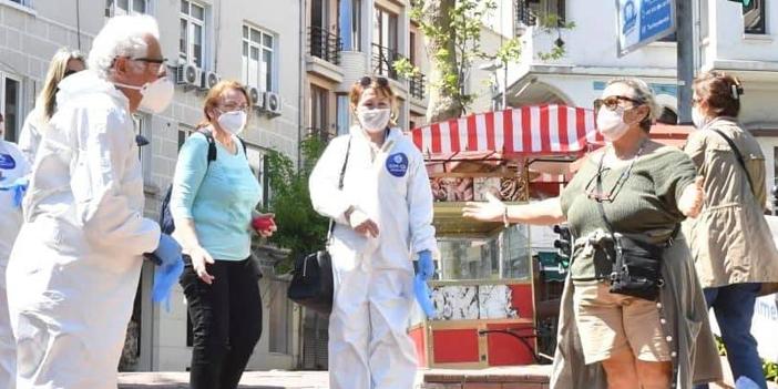 sisli-belediye-baskani-muammer-keskin-sisli-de-ucretsiz-maske-eldiven-dagitti2.jpg