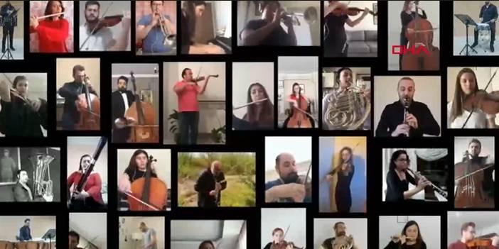 İstiklal Marşı'nı 40 müzisyen evlerinden seslendirdi